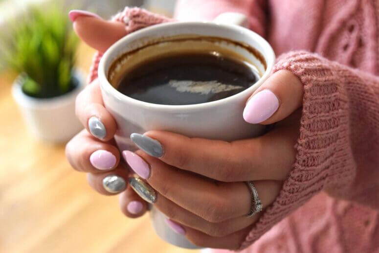 Come smettere di mangiare le unghie | Dott.ssa Elisa Cassi